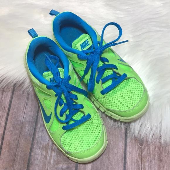 new concept a6b66 5d233 Unisex Green   Blue Nike Free Runs. M 5b10d667df030769e35a6eec